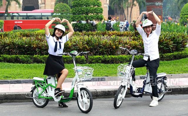 mua các dòng xe đạp điện phù hợp với học sinh