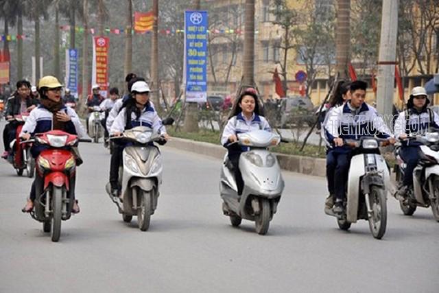 mức phạt xe máy không có bằng lái