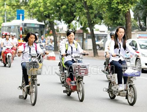 Đi xe đạp điện cần giữ vận tốc đúng quy định