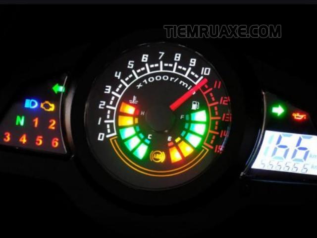 Cần xem xét tình trạng độ sáng đèn đồng hồ của xe