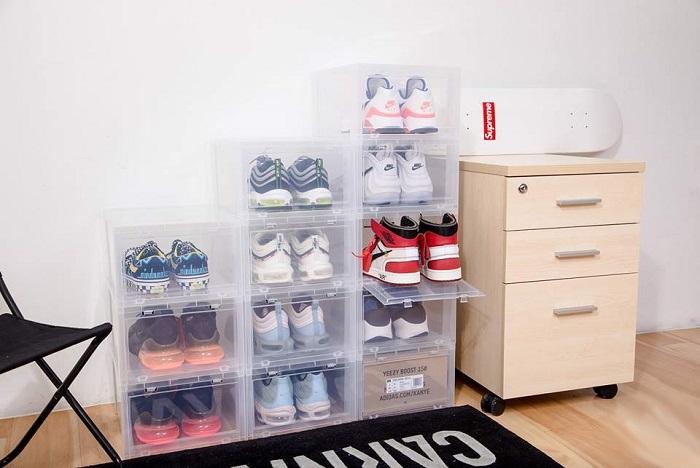 cách bảo quản trong tủ giày hoặc hộp đựng giày chuyên dụng