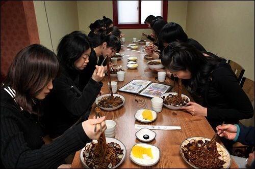 valentine đen bắt nguồn từ Hàn Quốc